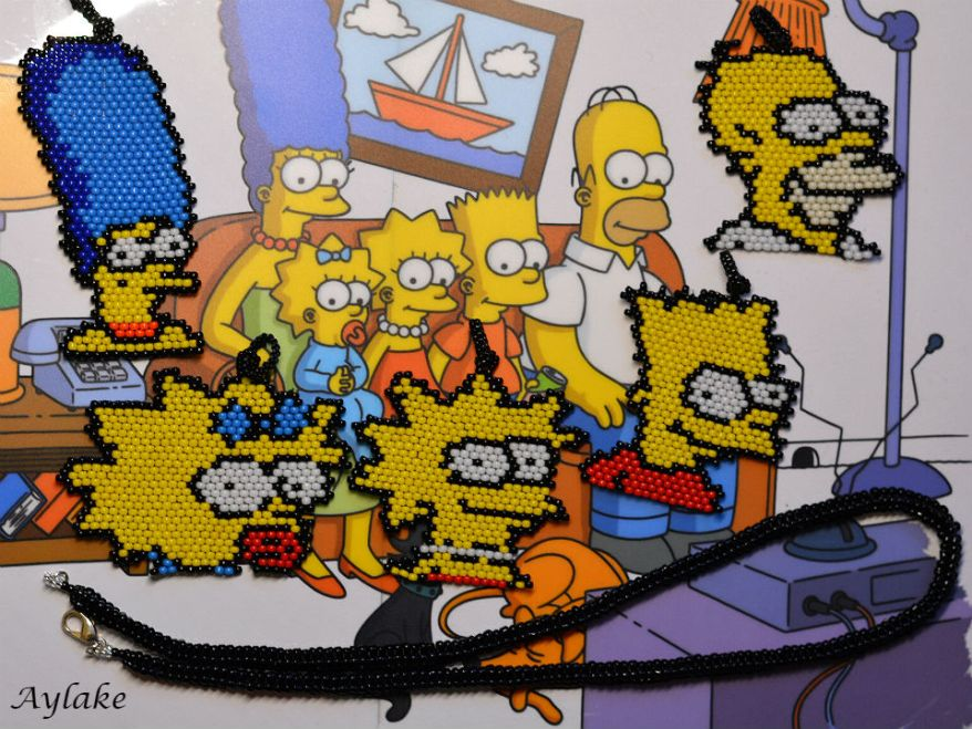Simpson-Family-Surely-Can't-Put-A-Price-On-Family-Peyote-Stitch-Scheme-Aylake-20
