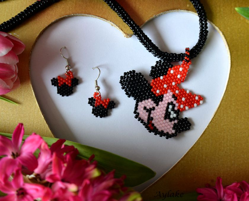 I'll-Be-Your-Minnie-Aren't-You-Sweet-Peyote-Necklace-Aylake-2
