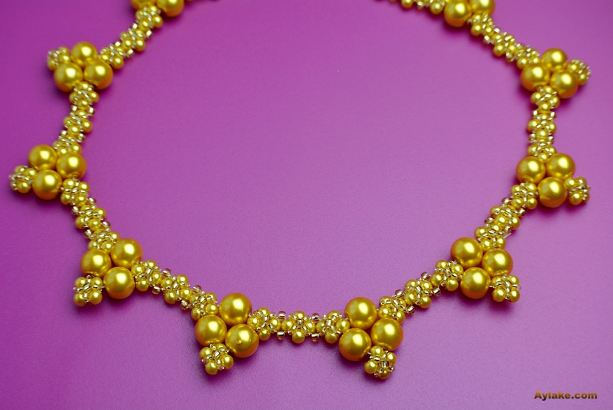 Lara-Fall-In-Love-With-Charming-Pearls-That-You-Can-Make-At-Home-Gold-Necklace-Tutorial-Aylake-12