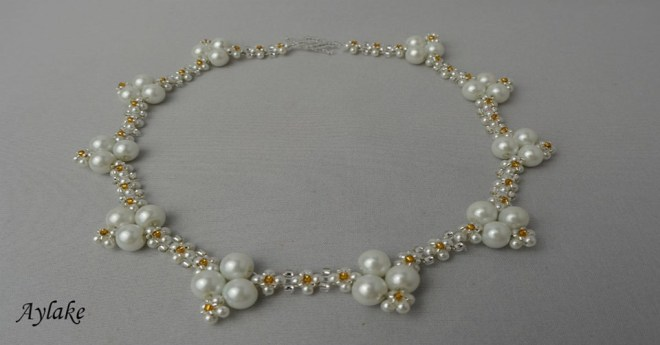 Lara-Fall-In-Love-With-Charming-Pearls-That-You-Can-Make-At-Home-White-Necklace-Tutorial-Aylake-1