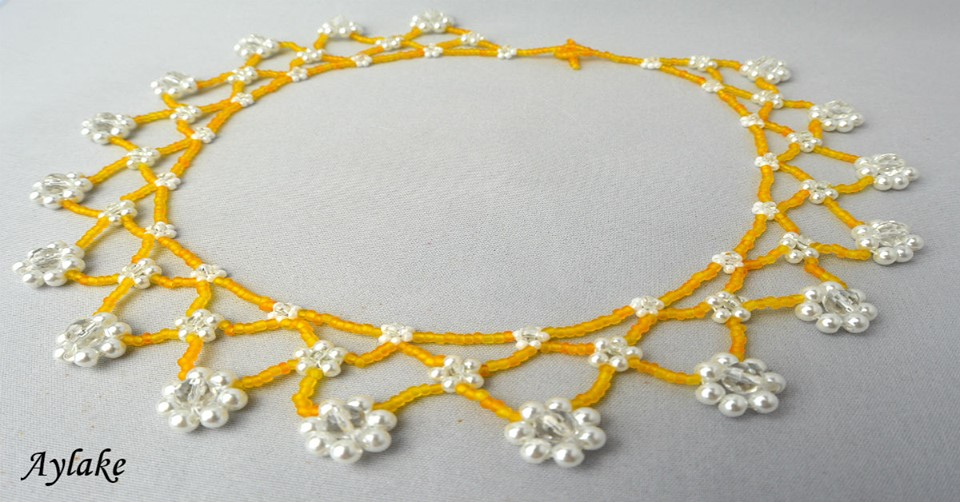 Daisy Lace Daisy Flowers Symbolizes Innocence Cheerfulness And Purity Aylake 2