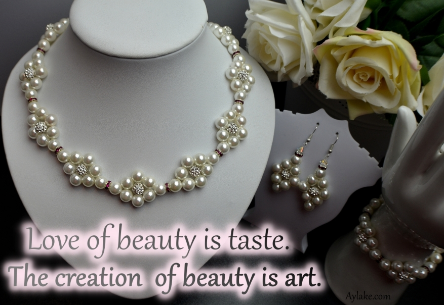 Simple Flowers 2 Necklace Love of beauty is taste. The creation of beauty is art Beading Tutorial Aylake Ailaviu