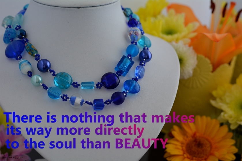 Simple Flowers Necklace There is nothing that makes its way more directly to the soul than beauty Beading Tutorial Aylake Ailaviu