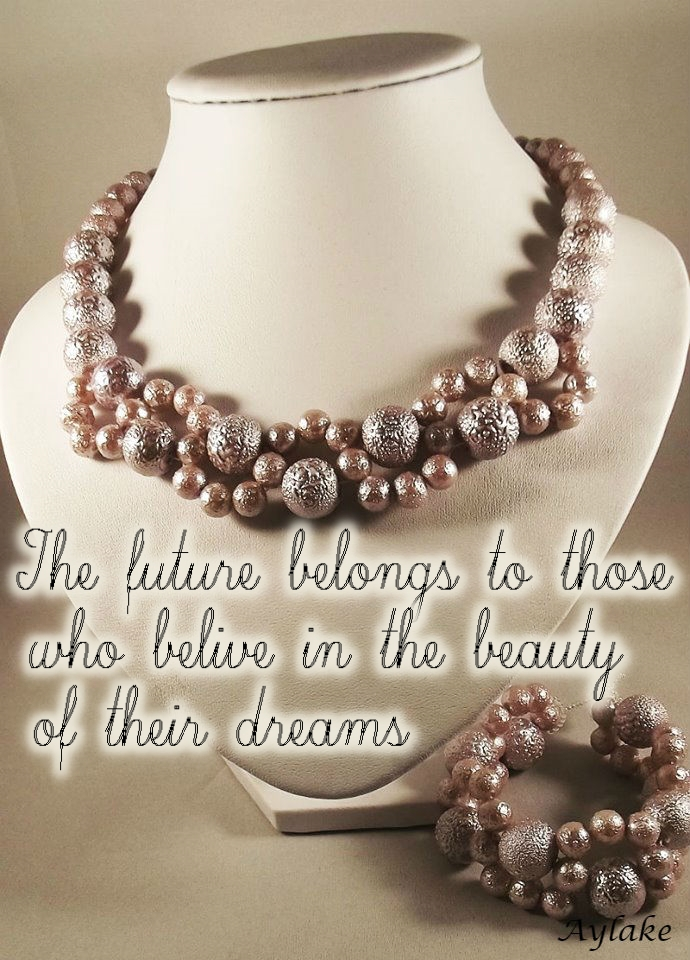 Waves Around Pearls Bracelet The future belongs to those who believe in the beauty of their dreams Beading Tutorial Aylake Ailaviu