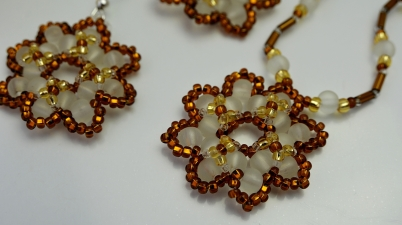 free-beading-tutorial-for-earrings-Eliana-beadwork-aylake-free-animated-pattern-1
